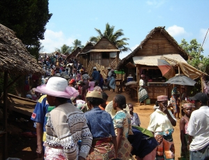 Market around Manakara